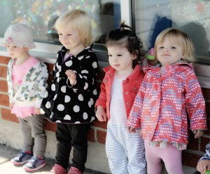 girls-lined-up-outdoor-play-zacs-childcare-and-montessori-school-oakville